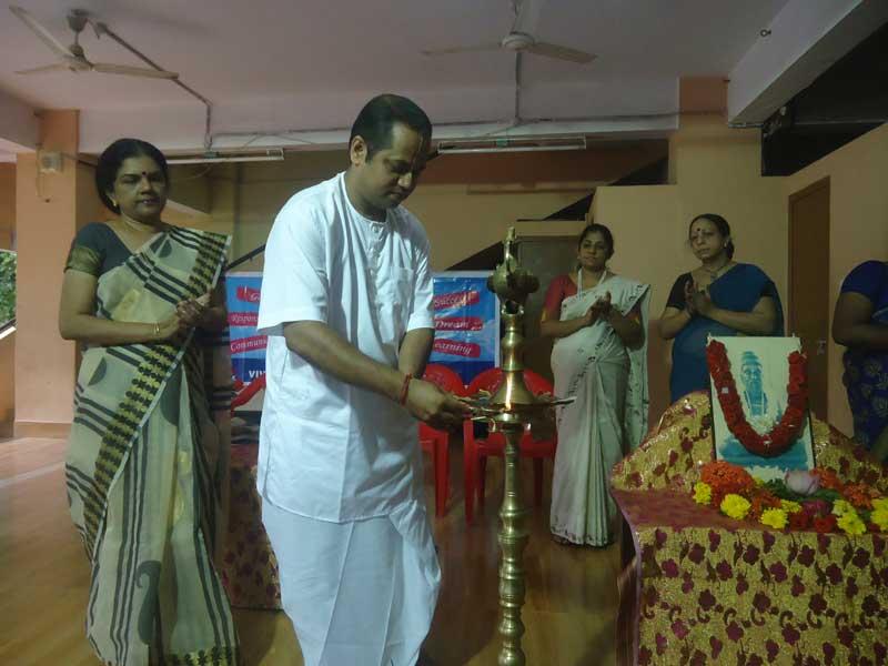 guru purnima - bhavans vidya mandir - manvila trivandrum