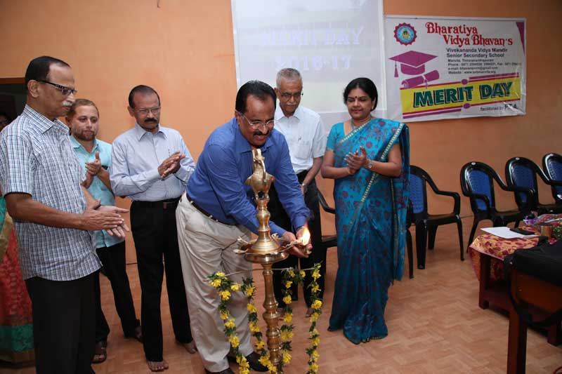 merit evening - bhavans manvila school trivandrum