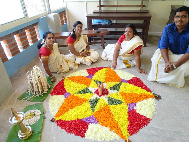onam celebration - bhavans manvila school trivandrum